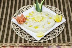 作为` Mutabbal `传达由茄子的阿拉伯开胃菜 免版税库存照片