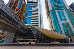 作为world& x27的迪拜地铁; s充分地长期自动化地铁网络& x28; 75 图库摄影