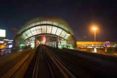 作为world& x27的迪拜地铁; s充分地长期自动化地铁网络& x28; 75 免版税图库摄影