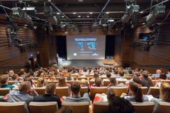 作在新的超声波技术的报告人报告在第12 Winfocus世界国会在卢布尔雅那,斯洛文尼亚 库存图片