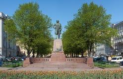 作曲家glinka纪念碑 库存图片