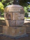 作梦在八部分中的梦想家由艺术家克莱顿Thiel在公开艺术步行在Yountville,加利福尼亚镇  免版税库存图片