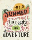 你好夏天, i m准备好冒险 行情艺术,传染媒介例证 手拉,葡萄酒设计 EPS10 库存照片