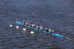 佩勒姆CRA乘员组在查尔斯赛船会人` s青年时期Eights头赛跑  免版税库存照片