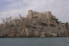 佩尼伊斯科拉市在海 免版税库存照片
