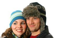佩带冬天的夫妇帽子 免版税库存图片