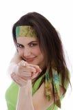 佩带头饰带的美丽的妇女 免版税库存图片