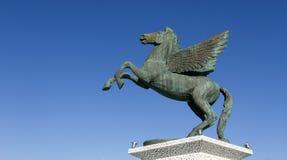 佩格瑟斯,神话飞过的马 免版税库存图片