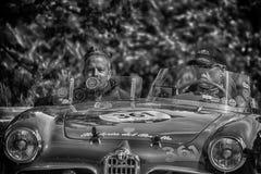 佩萨罗COLLE圣BARTOLO,意大利- 2018年5月17日- :在集会Mille的Miglia 2018的阿尔法・罗密欧GIULIETTA SEBRING 1956老赛车 免版税库存图片