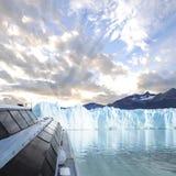 佩里托莫雷诺冰川。 库存照片