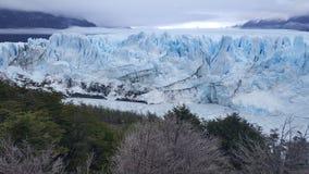佩里托莫雷诺冰川在冰川国家公园 免版税库存照片