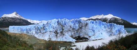 佩里托莫雷诺冰川视图(阿根廷) 库存图片