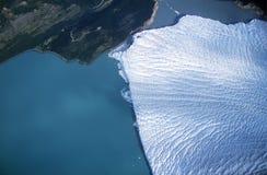 佩里托莫雷诺冰川鸟瞰图在埃尔卡拉法特附近的,巴塔哥尼亚,阿根廷 免版税库存照片