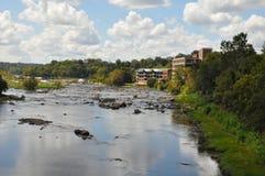 从佳丽小岛步行桥的看法在里士满,弗吉尼亚 图库摄影