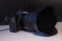 佳能eos m50数字mirrorless照相机 免版税库存照片