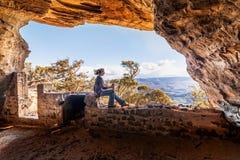 使使变冷的峭壁侧视图陷下英里,旅行旅游业 库存图片