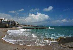 使克利特海岛platanes靠岸 库存照片