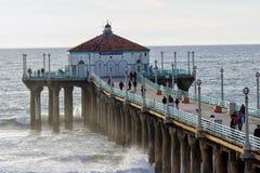 使加利福尼亚曼哈顿码头射击端南日落靠岸 库存照片
