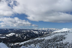 从使命里奇的东部小瀑布山山麓小丘滑雪 库存照片