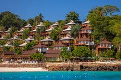 使平房靠岸在酸值发埃发埃海滩在泰国 库存图片