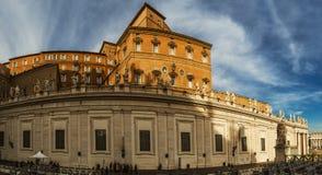 使徒宫殿是梵蒂冈教皇,住所  库存图片