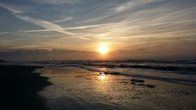 使日出靠岸 图库摄影