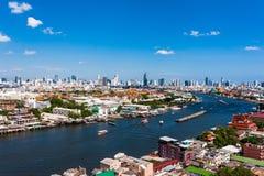 使曼谷市,昭拍耶河,曼谷,泰国环境美化 免版税图库摄影