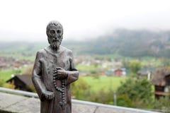 使有大理石花纹在老历史雕象在龙疆教会,瑞士 图库摄影