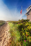 使沙丘路径靠岸 免版税库存照片