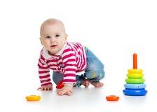 使用与教育玩具的婴孩 库存照片