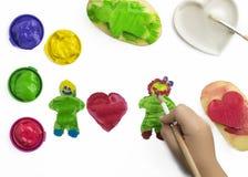 使用与油漆的孩子 免版税图库摄影