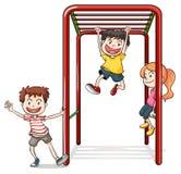 使用与猴子栏杆的孩子 库存图片