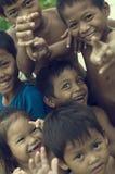 使用可怜的柬埔寨的孩子微笑和 免版税图库摄影