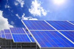 使用可更新的太阳能的能源厂 库存照片