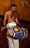 使用在堡垒科钦,喀拉拉,印度的印地安鼓手 免版税库存照片