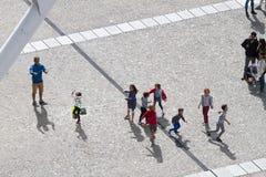使用在蓬皮杜文化艺术中心的孩子 库存图片