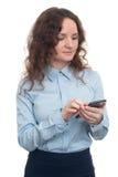 使用妇女的企业移动电话 查出 图库摄影