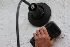 使用废气分析仪 免版税库存照片