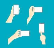 使用流动聪明的电话机的人的手 向量 免版税库存照片