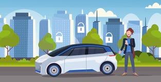 使用现代在线排序出租汽车汽车分享安全保障概念流动运输汽车共用模式的服务的人 库存例证
