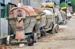 使用的混凝土搅拌机便携式 免版税库存图片