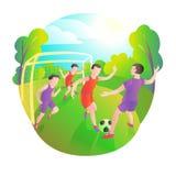 使用的足球运动员户外 橄榄球场、球员和球 门的守门员 皇族释放例证