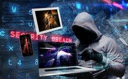 使用膝上型计算机的黑客的综合图象窃取身分 图库摄影