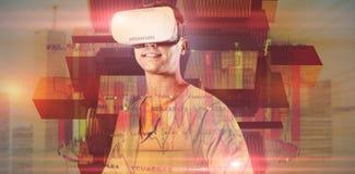 使用虚拟现实耳机的人的综合图象 免版税库存图片
