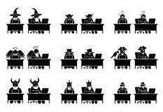 使用计算机的另外字符和人民浏览互联网 皇族释放例证