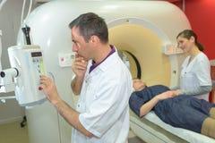 使用angiograph的考试患者 免版税库存照片