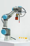 使用Visi, Microscan展示工业机器人机器 免版税库存图片