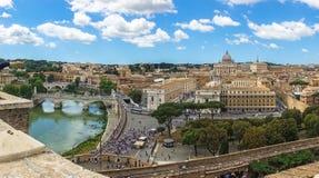 使的罗马,意大利惊奇Tibre河 免版税库存照片