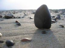 使石头靠岸 免版税库存照片