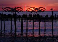 使码头redondo日落靠岸 库存照片
